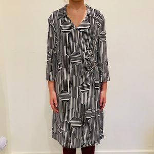 NWT Laundry By Shelli Segal Dress. Size 14